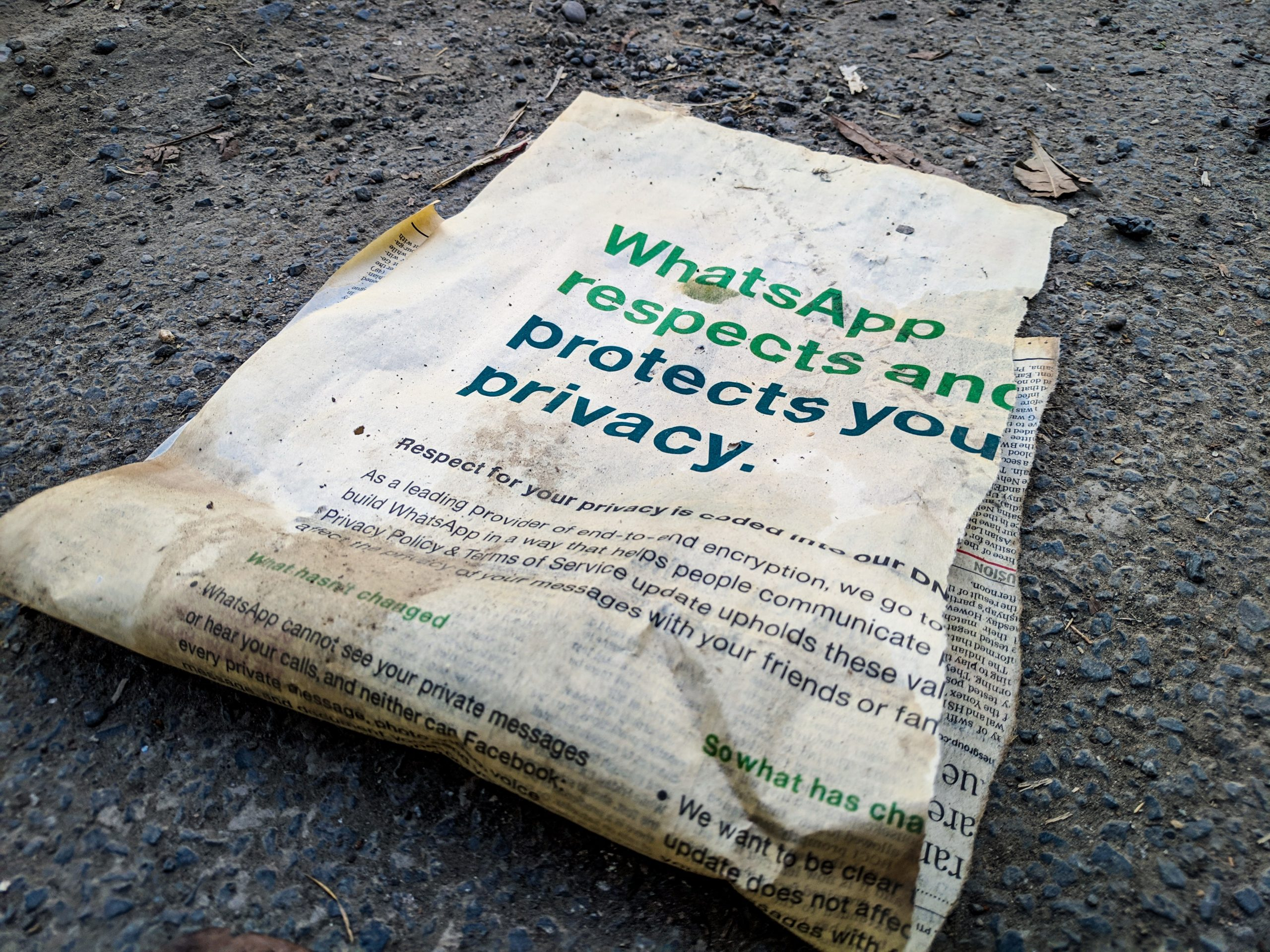 WhatsApp defiant, won't withdraw privacy update